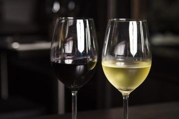 wine-855166_640