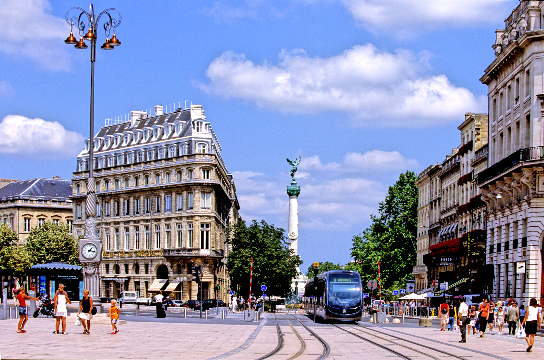 bordeaux aquitaine france uncovered