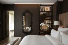 Suite-Duc-de-Crillon-209-bedroom