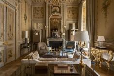 Suite-Duc-de-Crillon-209-living-room