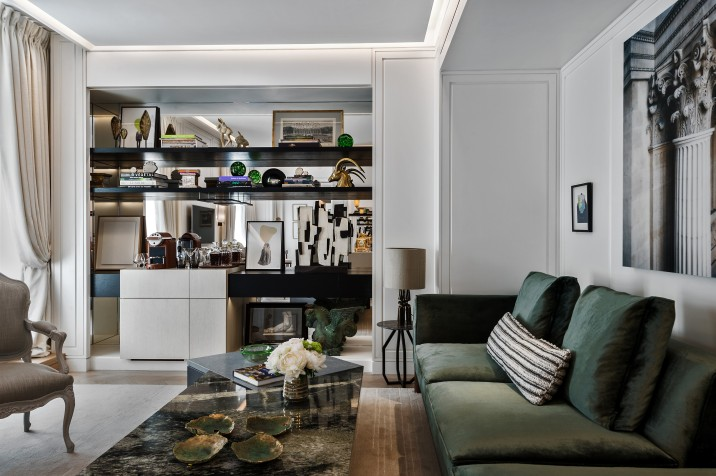 Suite-Jardin-206-living-room